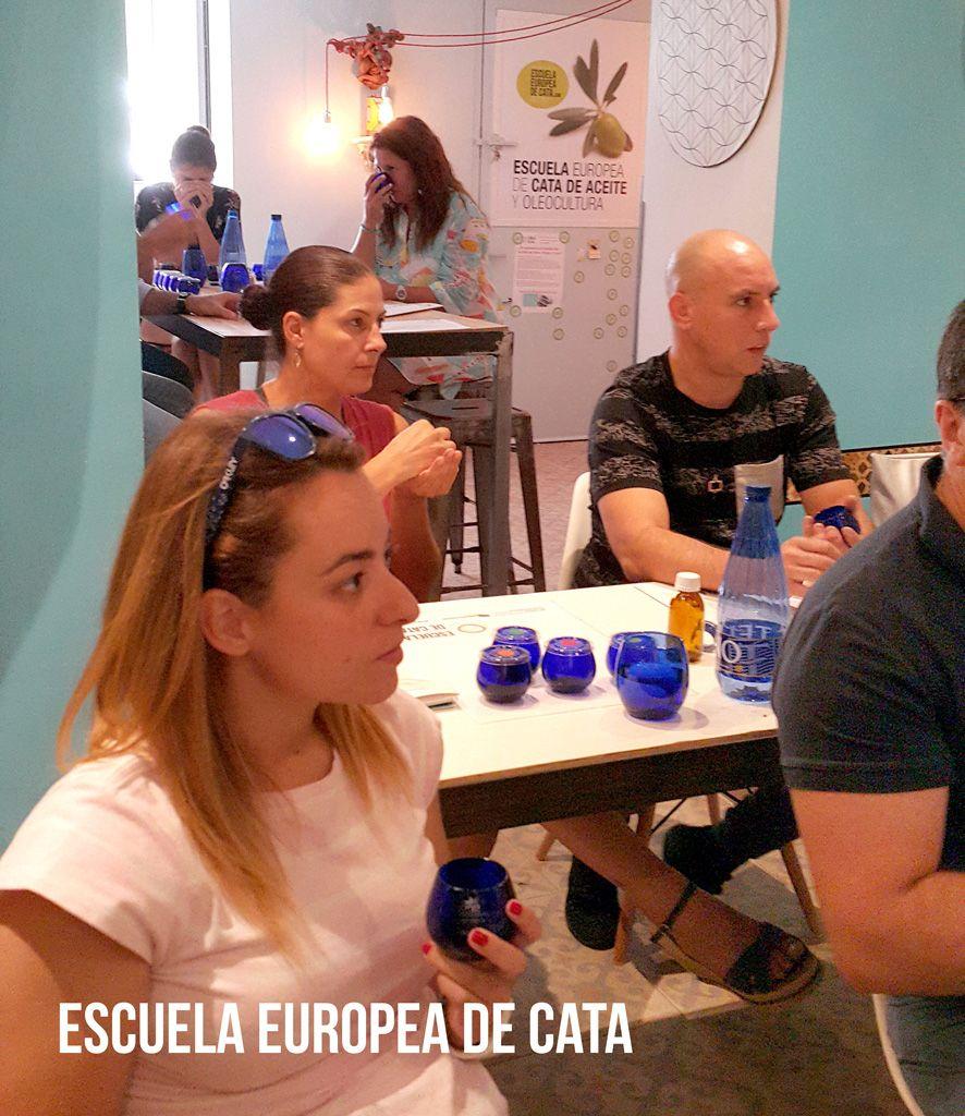 curso-de-iniciacion-22-de-septiembre-2018-escuela-europeadecata