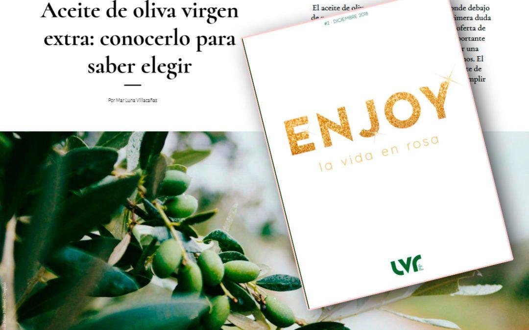 Mar Luna hablando de aceites de oliva en la revista «La Vida en Rosa»