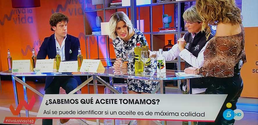 """La EECO y Mar Luna Villacañas en el programa de TVE """"Al Punto"""" (mayo 2015)"""